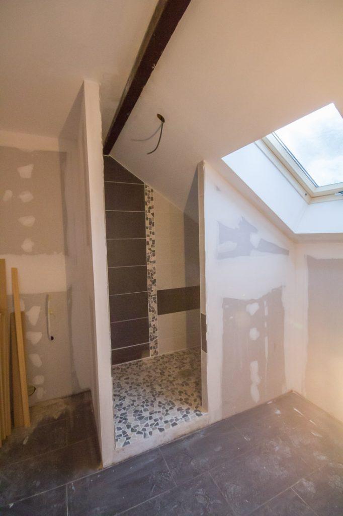 salle d'eau rampant douche italienne