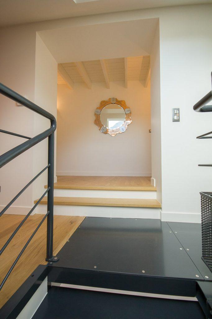 plateforme escalier metal