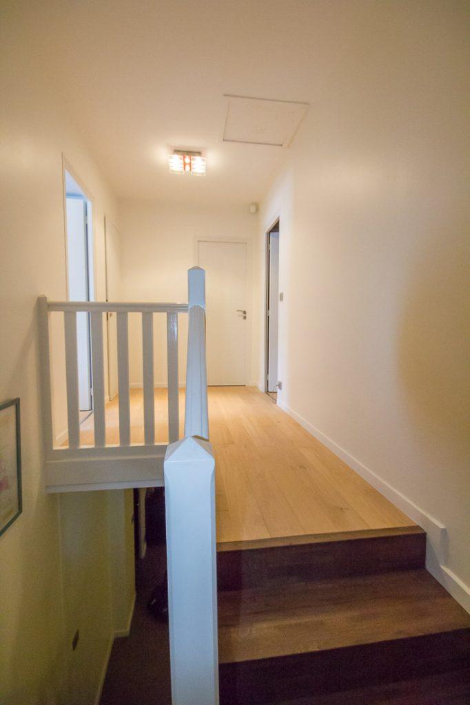 degagement escalier et parquet bois
