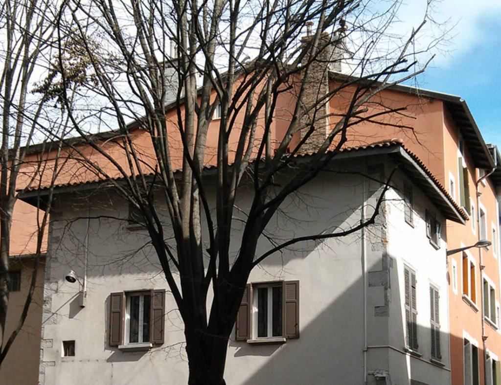 rénovation maison ancienne classée en secteur historique a Grenoble centre ancien